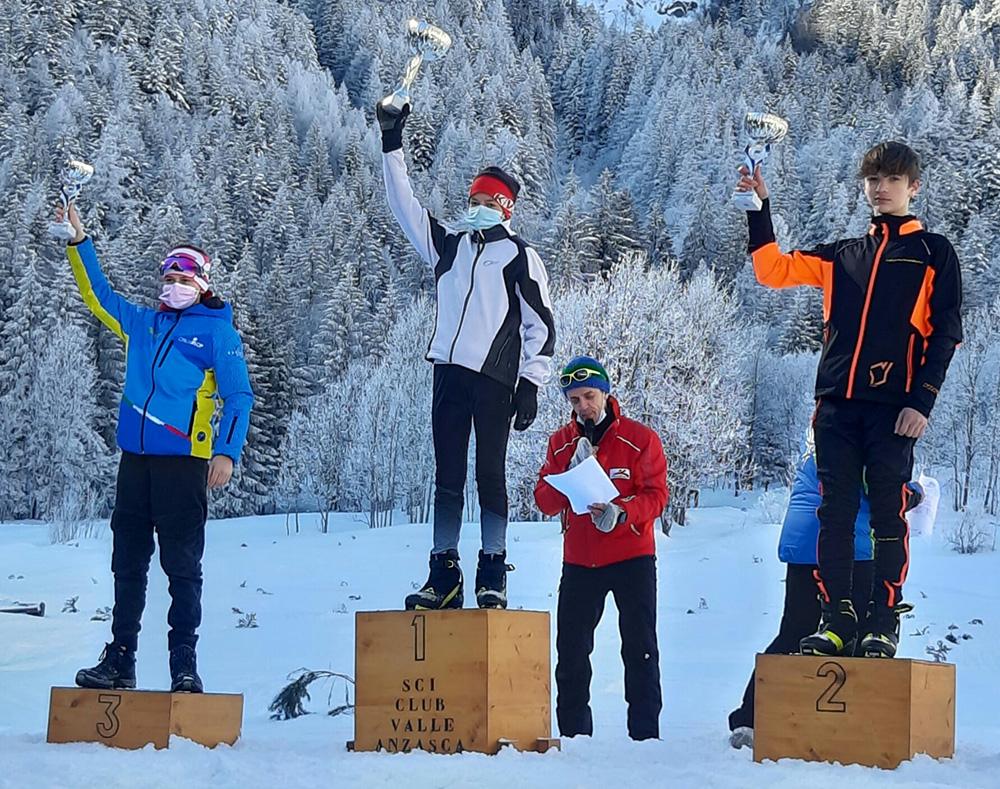 Il podio della gara U 14 maschile con al 2° posto Riccardo Panizza del Team Branza di Lissone